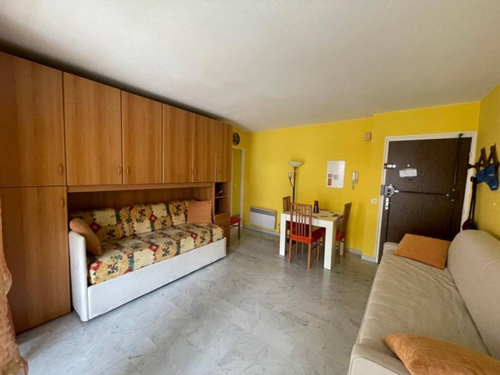 Appartement  2 Rooms 48m2  for sale   270000 €