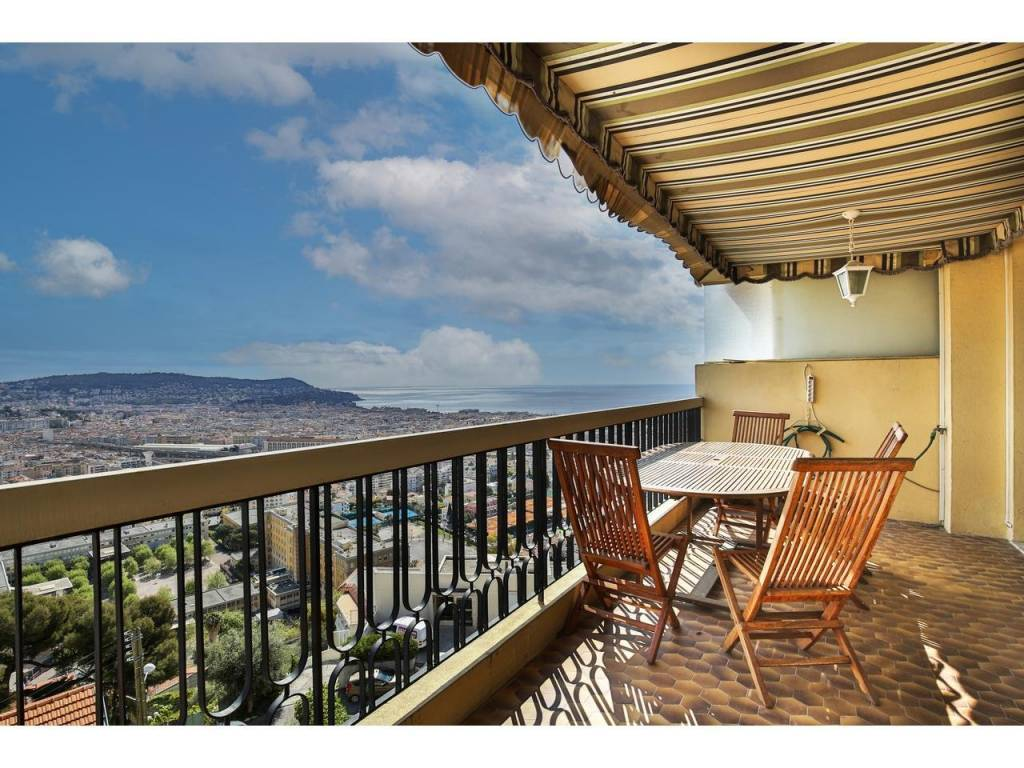 Appartement  3 Rooms 87.5m2  for sale   590000 €